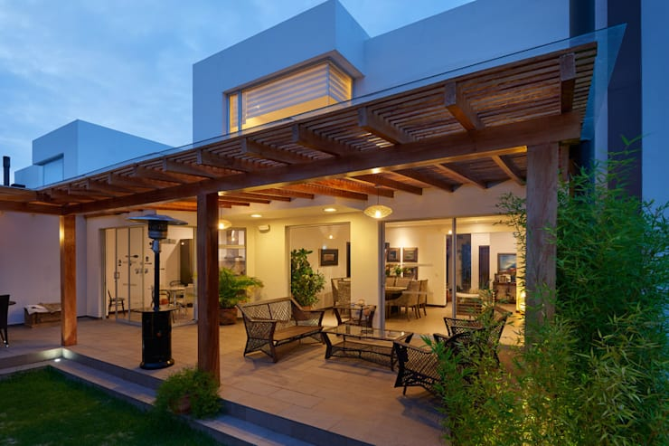 Mantencion de Terraza: Terrazas  de estilo  por Mantención de Terrazas | mantenciondeterrazas.cl