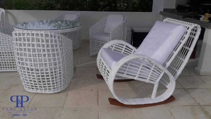Mesedoras: Balcones y terrazas de estilo  por P&P home decor
