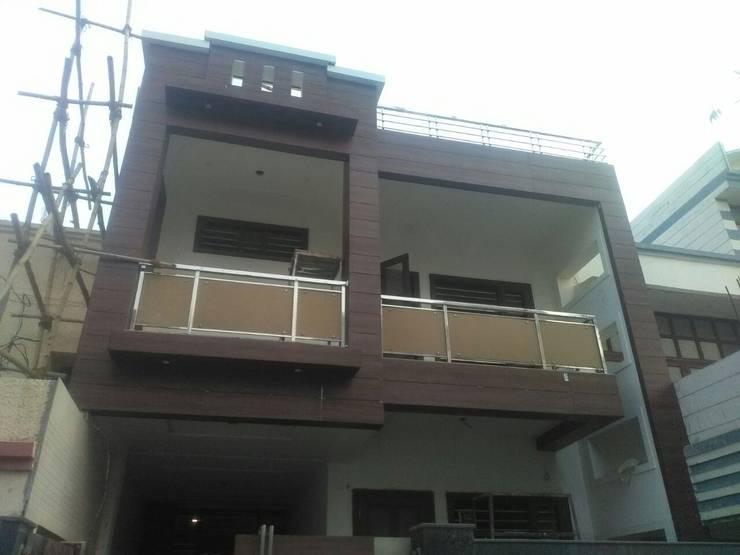 Rumah keluarga besar oleh 360 Home Interior, Modern