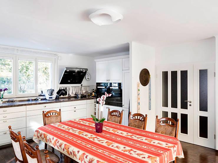 مطبخ ذو قطع مدمجة تنفيذ Müllers Büro