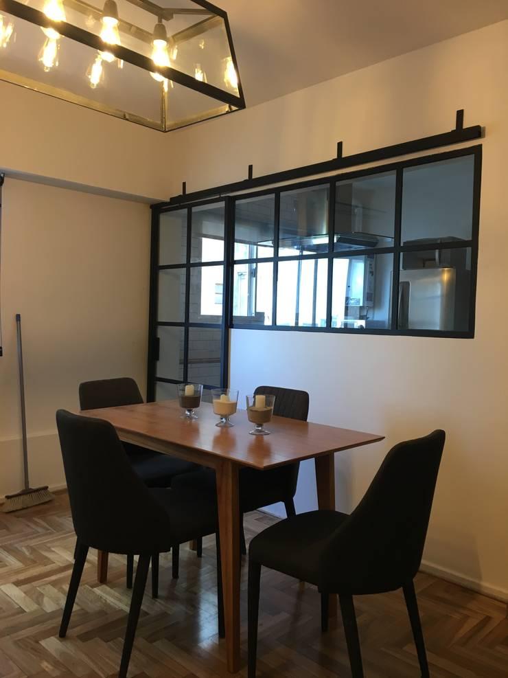 Salas / recibidores de estilo  por Estudio Qpi , Moderno Hierro/Acero