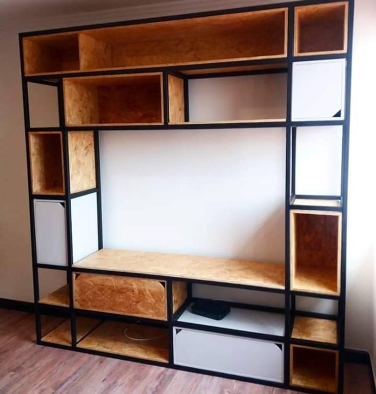 Estructura hierro  cajones  en aglomerado:  de estilo industrial por Camila Gomez Design Studio, Industrial Aglomerado