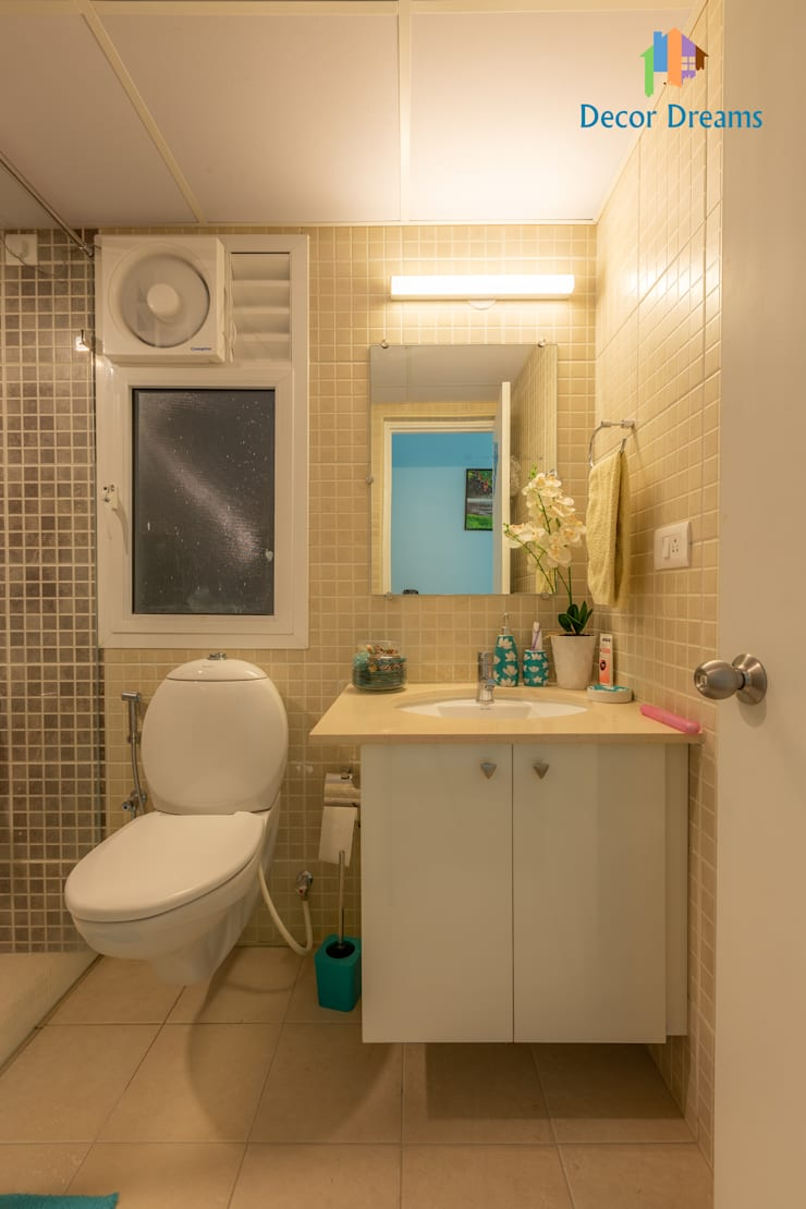 Brigade Meadows, 3 BHK—Dr. Usha & Dr. Mohan:  Bathroom by DECOR DREAMS