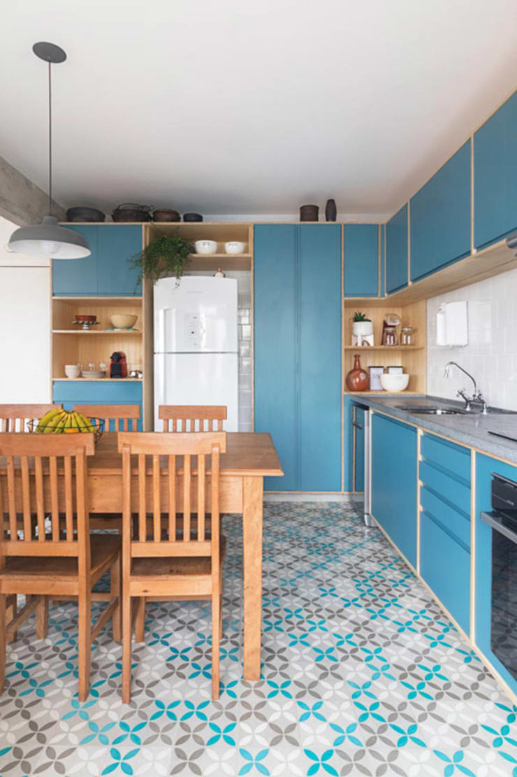 Küche von INÁ Arquitetura,