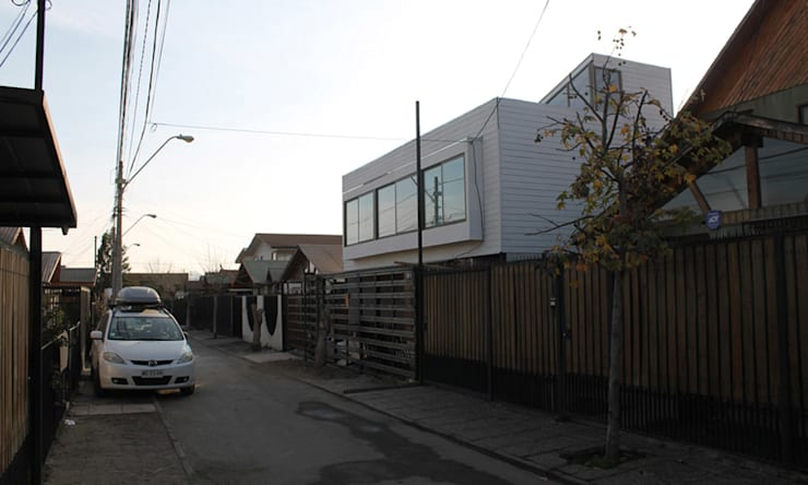 Detached home by Vetas Sur, Mediterranean Engineered Wood Transparent
