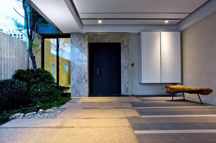 景觀設計 | 白色方盒建築:  前門 by 大桓設計顧問有限公司