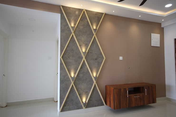 Living Room - TV unit:  Living room by Enrich Interiors & Decors