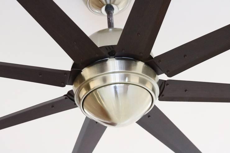 Fans:  Flat roof by Enrich Interiors & Decors