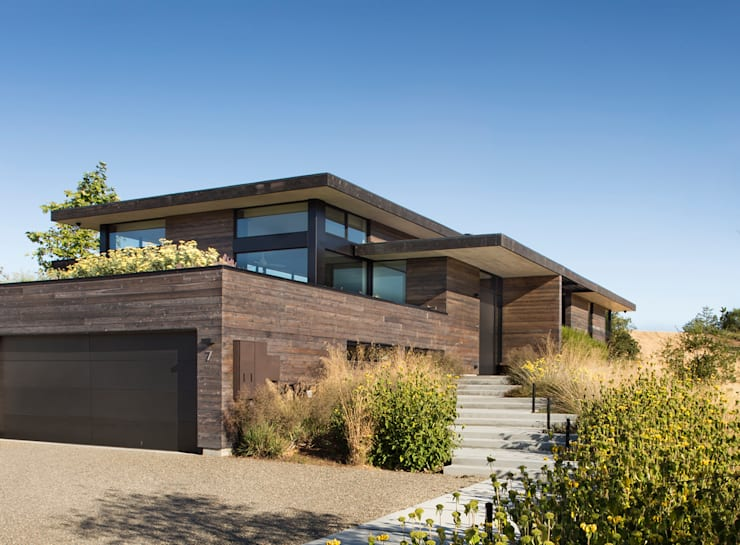The Meadow Home:  Single family home by Feldman Architecture