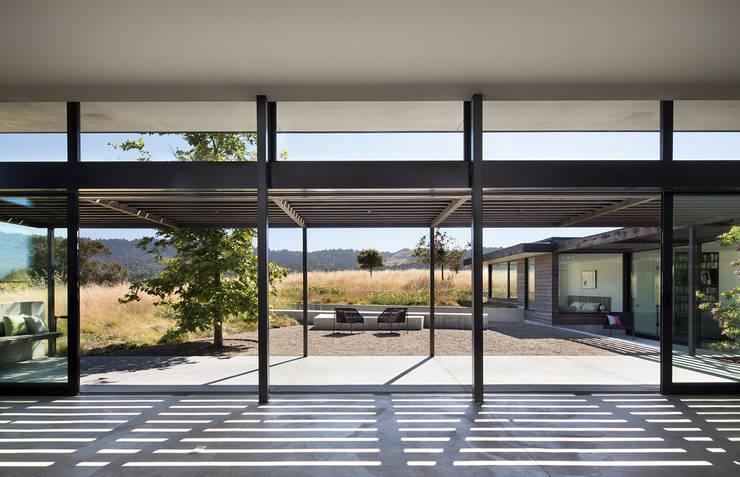 The Meadow Home:  Corridor & hallway by Feldman Architecture