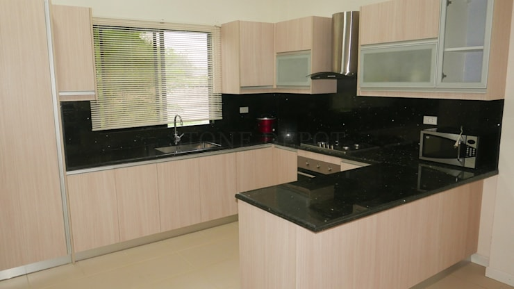 Emerald Pearl Granite Kitchen Countertop in Lapu-Lapu City, Cebu:  Kitchen units by Stone Depot