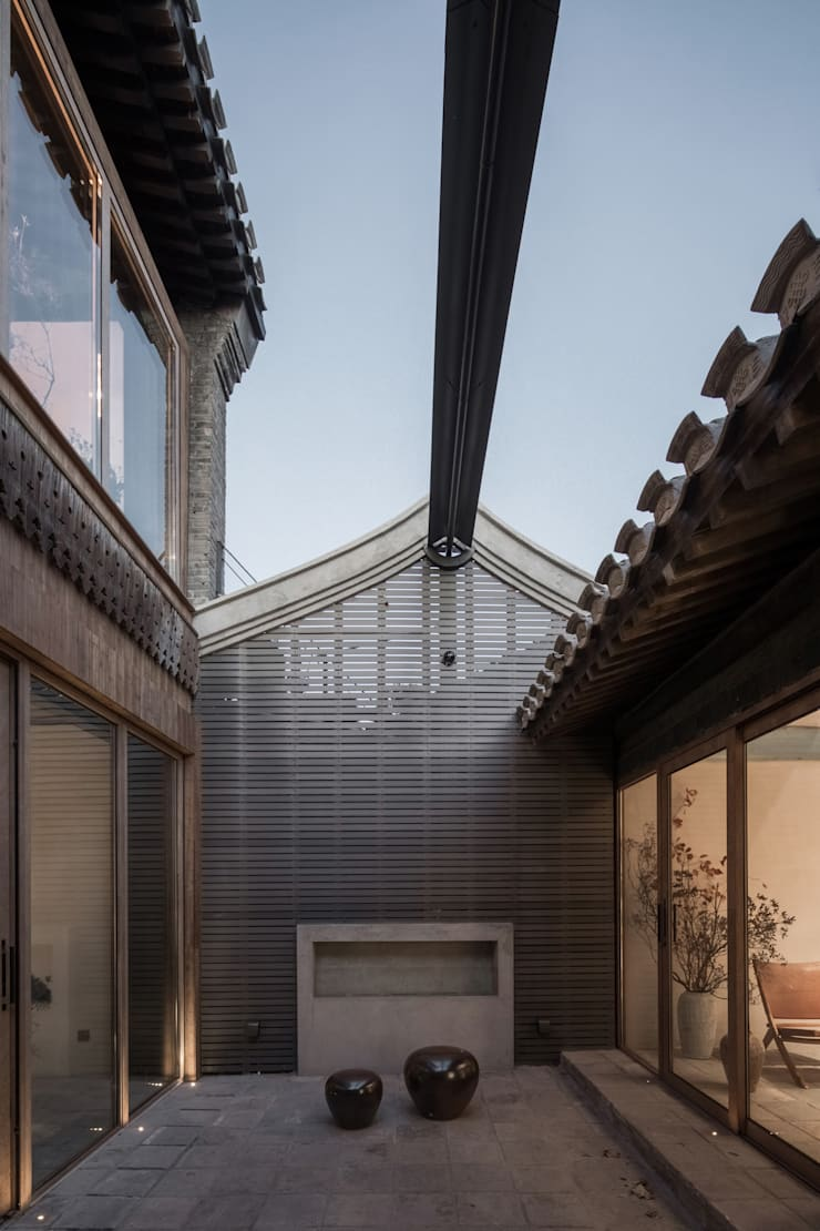 YARD:  Garden Shed by ARCHISTRY design&research office, Classic