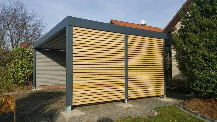 Metallcarport mit Holz sib.Lärche:  Carport von Carport-Schmiede GmbH & Co. KG Hersteller für Metallcarports und Stahlcarports