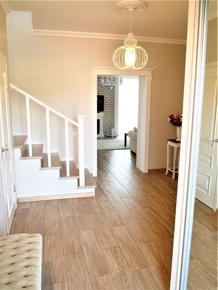 Eclectic style corridor, hallway & stairs by студия Александра Пономарева Eclectic