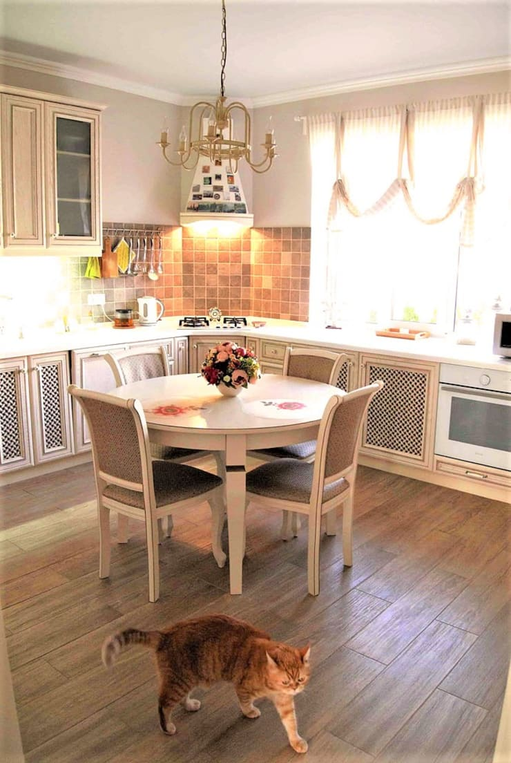 Eclectic style kitchen by студия Александра Пономарева Eclectic