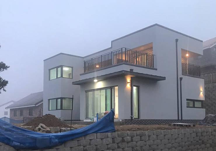 [현장라이브] 경기도 양평군 전원주택 시공현장: 한글주택(주)의  전원 주택,