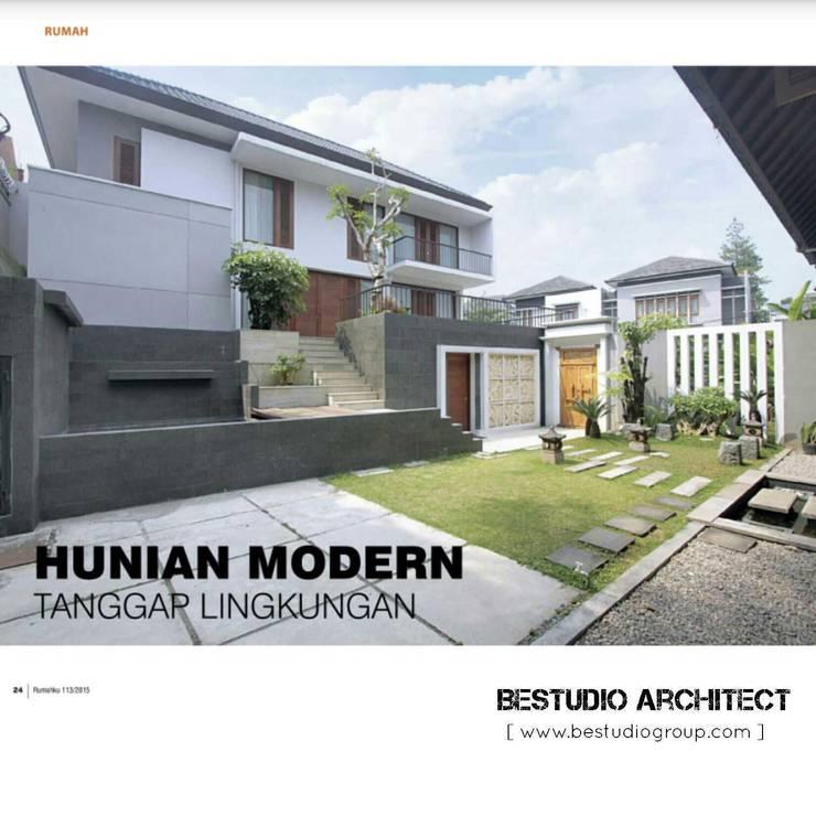 Sukamulya House - Bandung:  Rumah tinggal  by CV Berkat Estetika