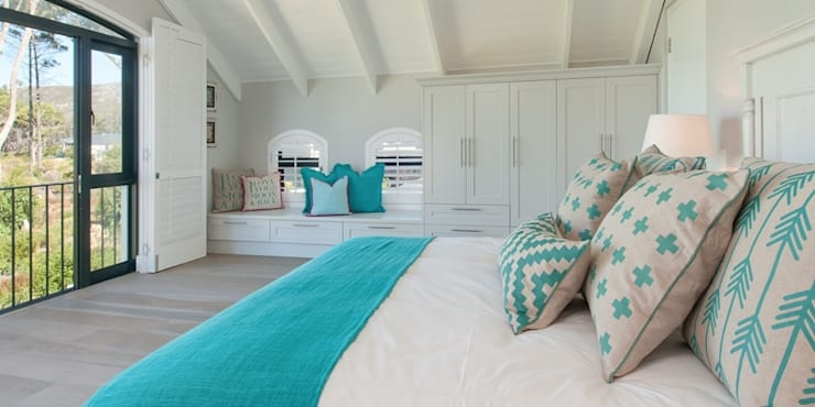 Bedroom by Overberg Interiors, Classic