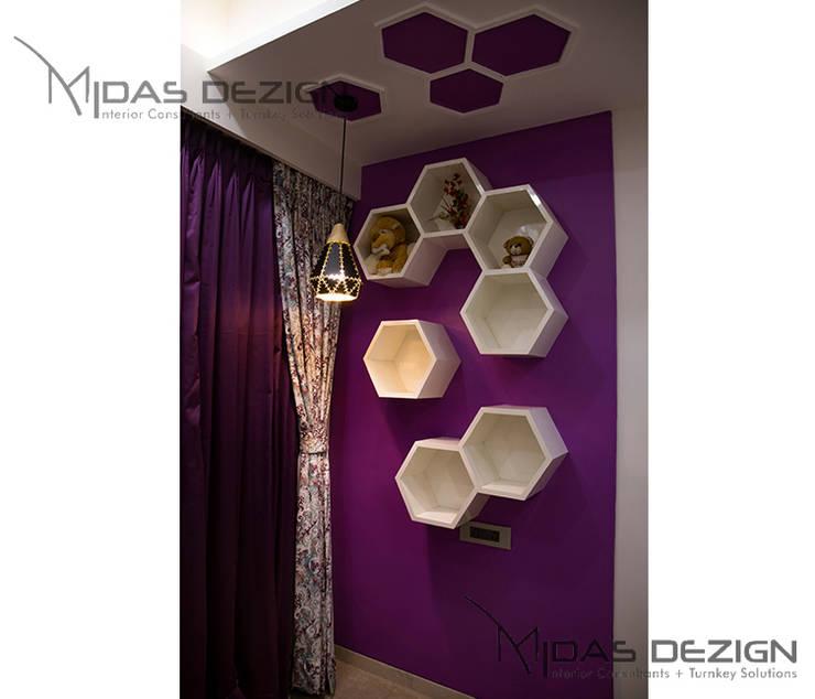 3BHK @ Alta Monte Malad (East):  Bedroom by Midas Dezign,Modern