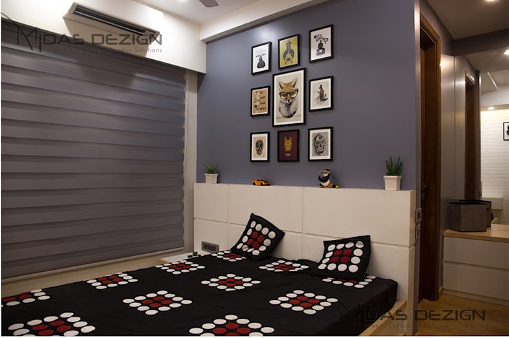 3BHK @ ALTA MONTE MALAD EAST:  Bedroom by Midas Dezign