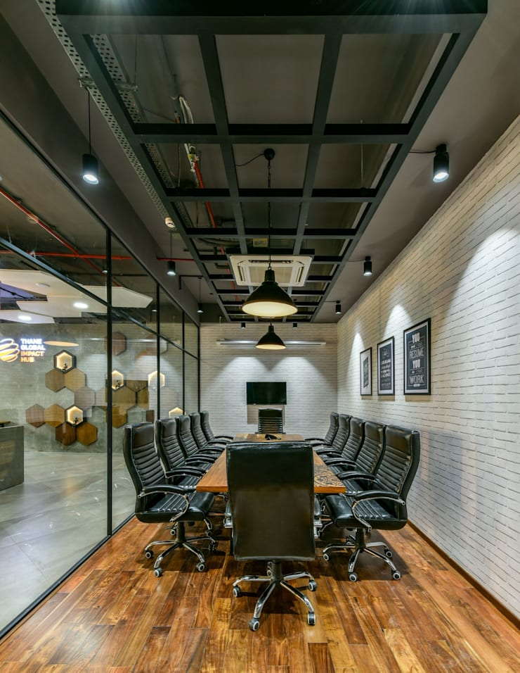 Coworking & Incubation Center—Thane Impact Global Hub:  Corridor & hallway by Dezinebox,Eclectic