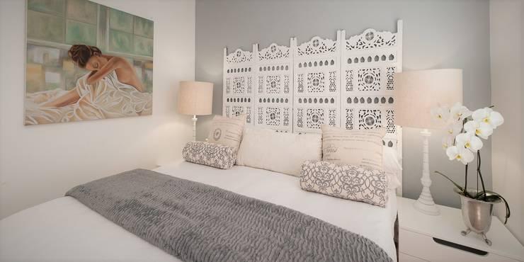 Guest Bedroom:  Bedroom by Overberg Interiors