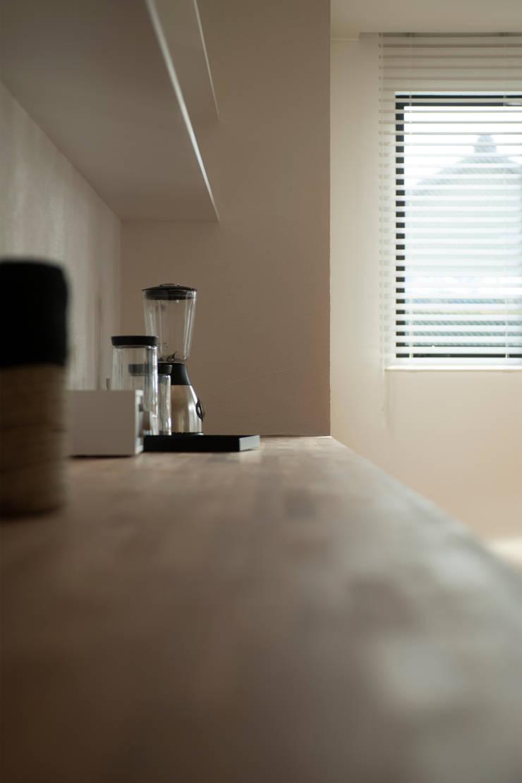 breeze: yuukistyle 友紀建築工房が手掛けたキッチン収納です。,