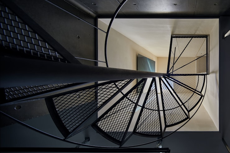 Stairs by Takeru Shoji Architects.Co.,Ltd, Modern
