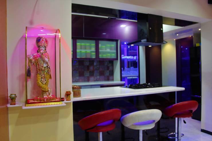 2.5 BHK Casa Rio,Palava, Dombivali. Modern dining room by VR Interior Designerss Modern