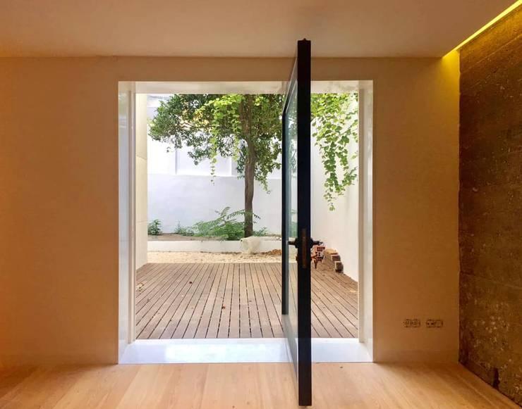 Casa na Garça Lisboa :   por AMG