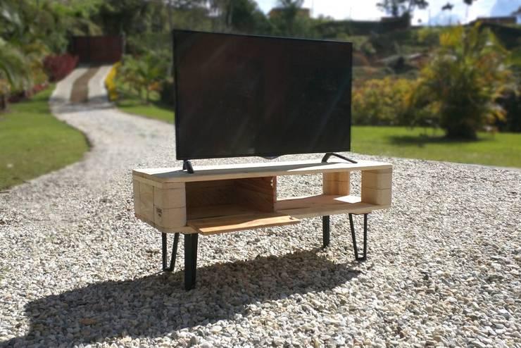 modern  by Objart, Modern Wood Wood effect