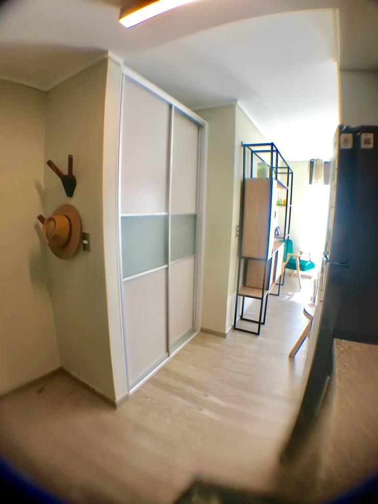 DESPUÉS   STUDIO VALPARAISO :  de estilo  por Kaa Interior   Arquitectura de Interior   Santiago