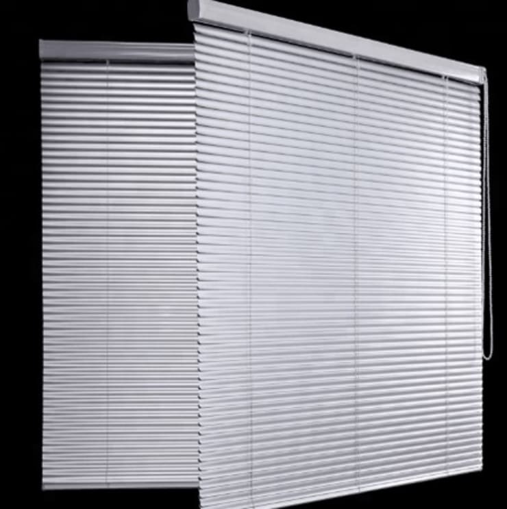 Persianas: Puertas y ventanas de estilo  por Shirley Palomino