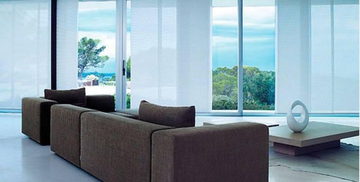 Paneles verticales:  de estilo  por Shirley Palomino, Moderno