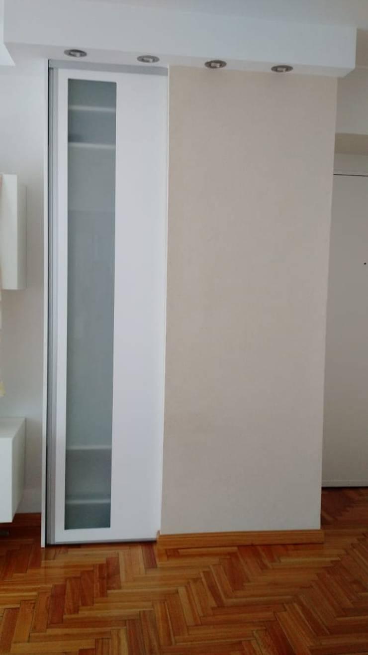 Living Comedor – Las Cañitas:  de estilo  por Arquimundo 3g - Diseño de Interiores - Ciudad de Buenos Aires,