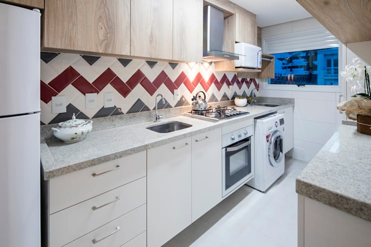 Cocinas pequeñas de estilo  por Paula De Zorzi   Design + Interiores