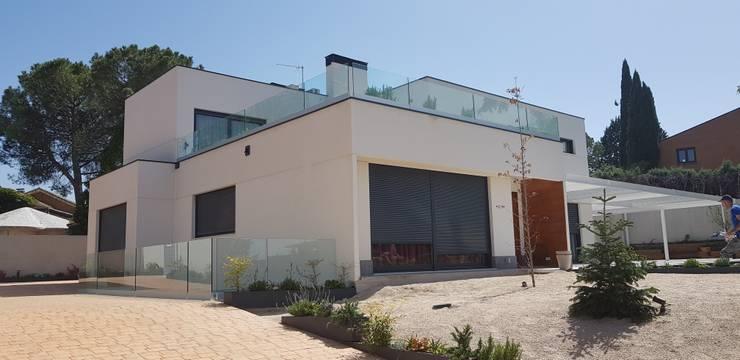 บ้านสำเร็จรูป โดย MODULAR HOME, โมเดิร์น คอนกรีต