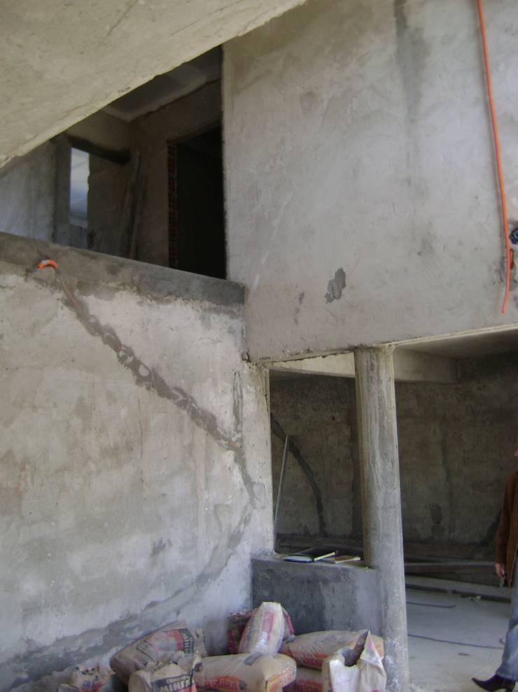 Living room by Fabiana Ordoqui  Arquitectura y Diseño.   Rosario | Funes |Roldán, Minimalist Concrete