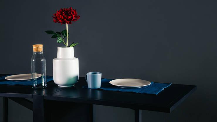 โต๊ะทำงานนีตช่า (Nietzsche Table) :  ห้องทำงานและสำนักงาน by THUS FURNITURE