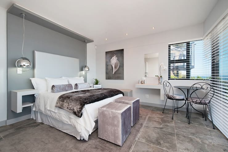 New Build Guest House de Kelders:  Bedroom by Overberg Interiors, Modern
