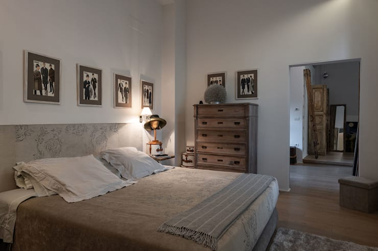 Bedroom by GIAN MARCO CANNAVICCI ARCHITETTO