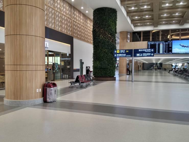 Aeropuertos de estilo  por Artigo S.p.a.