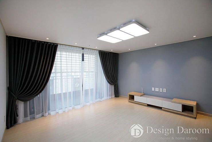 ห้องนั่งเล่น โดย Design Daroom 디자인다룸, โมเดิร์น