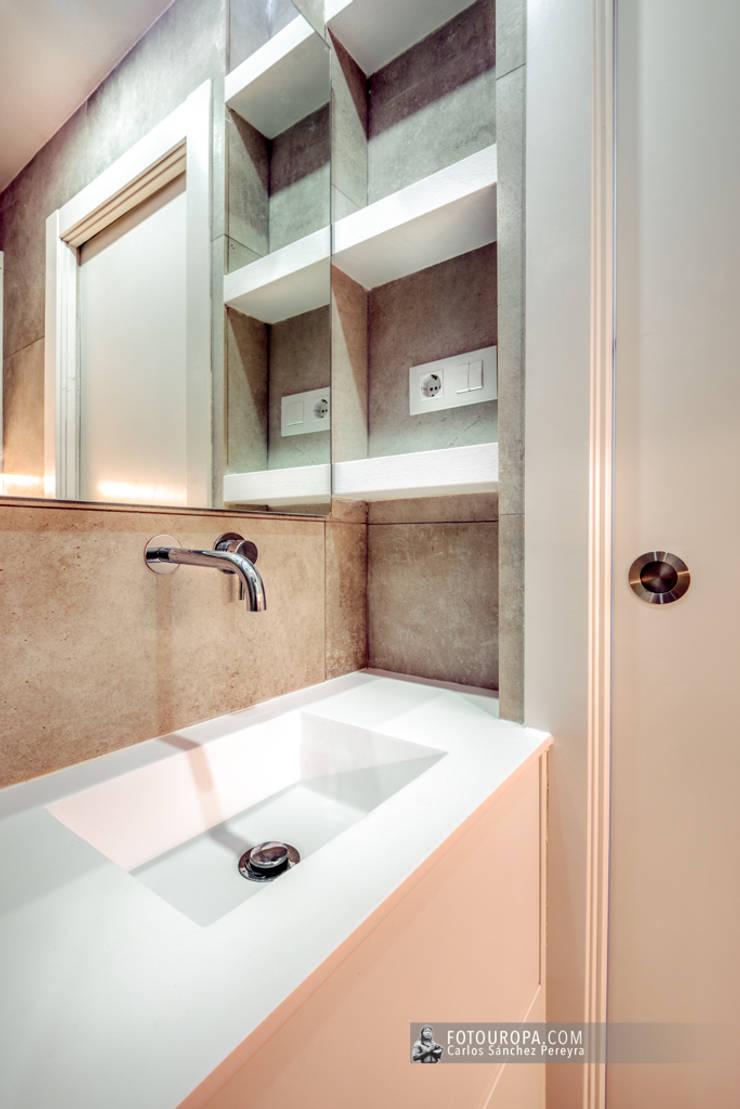 Salle de bains de style  par Carlos Sánchez Pereyra | Artitecture Photo | Fotógrafo ,