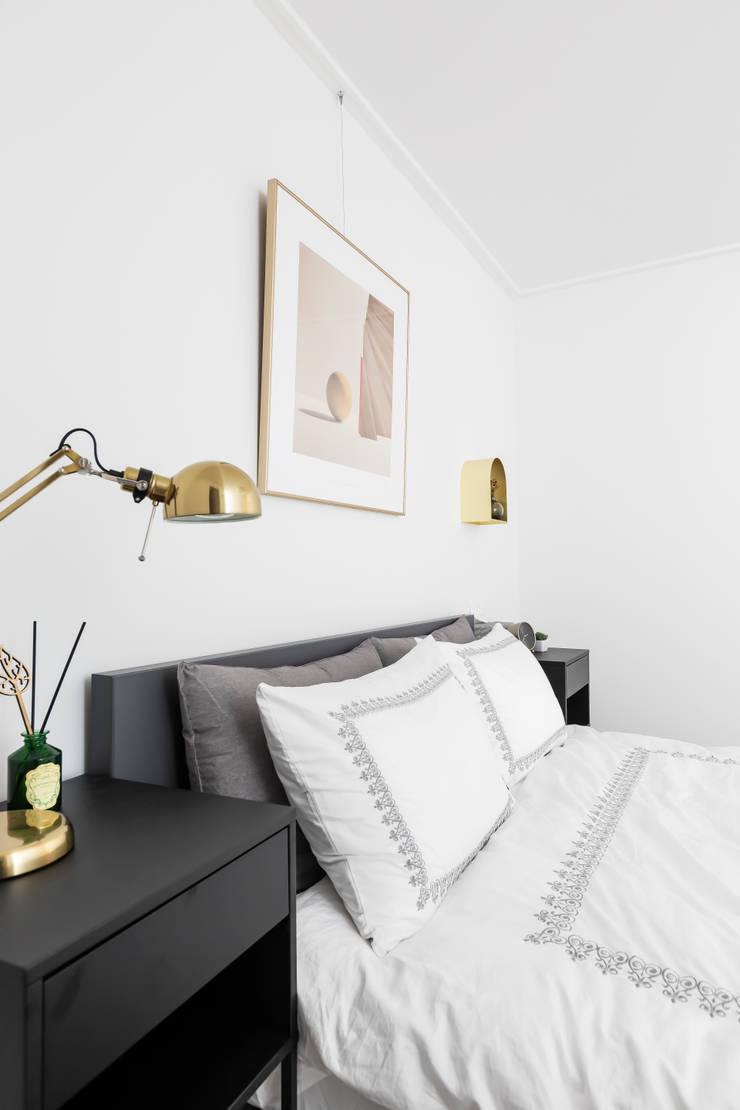 Dormitorios de estilo  por 스튜디오쏭 (STUDIO SSONG), Moderno