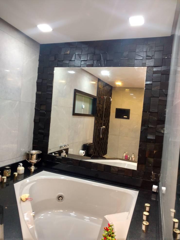 Salle de bains de style  par Rebello Pedras Decorativas, Moderne Pierre