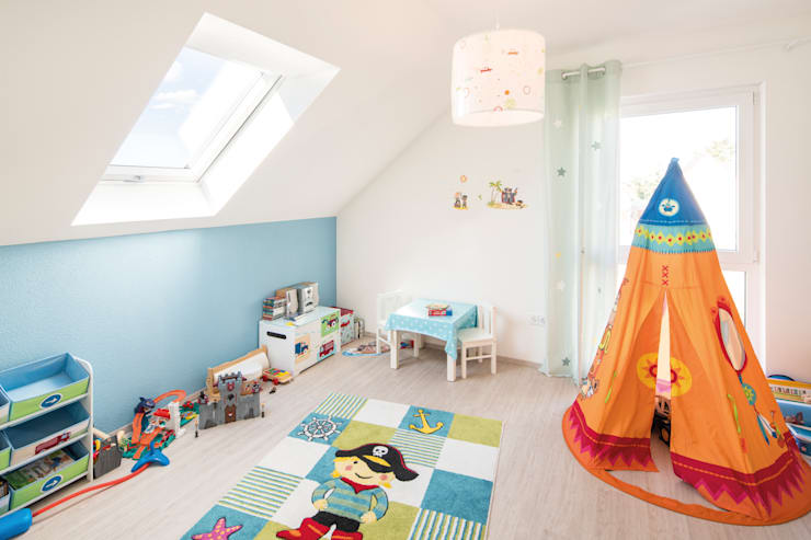 FingerHaus GmbH - Bauunternehmen in Frankenberg (Eder):  tarz Çocuk Odası, Modern