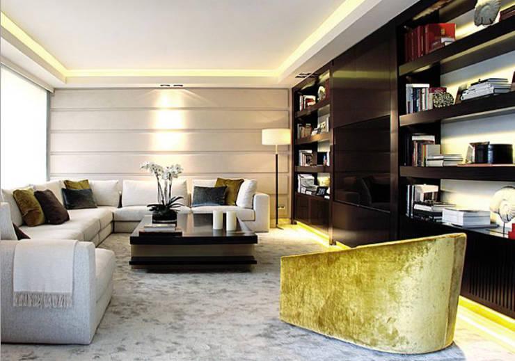 Paris PH:  Living room by Hector Landgrave