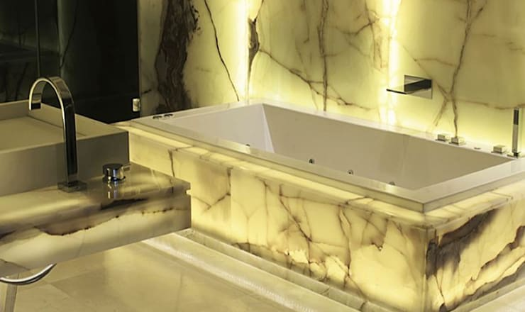 Paris PH:  Bathroom by Hector Landgrave