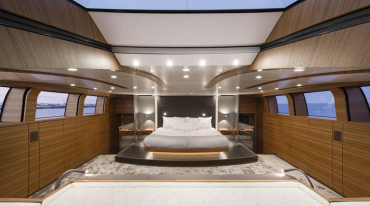 Private  Jet—Yacht—House:  Small bedroom by Hector Landgrave, Modern